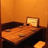 個室は落ちついた雰囲気のテーブル席♪会社の同僚、接待、女子会など多様なシーンでおすすめです!