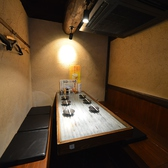 裏なんばの焼き鳥・鶏料理『八女小町』の寛ぎ半個室スペース