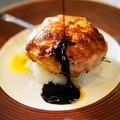料理メニュー写真<贅沢>フォアグラの道産もち豚巻き串