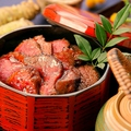 料理メニュー写真黒毛牛フィレ肉のひつまぶし