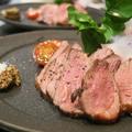 料理メニュー写真フランス産鴨胸肉のロースト