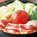 料理メニュー写真甘みと酸味が織り重なる【トマトすき焼き鍋】