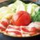 甘みと酸味が織り重なる【トマトすき焼き鍋】