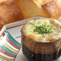 【名物】生ウニのチーズ焼き(バケット添え)