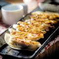 料理メニュー写真博多一口焼き餃子