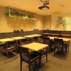BOOKSHELF CAFE ブックシェルフカフェの雰囲気1