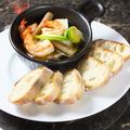 料理メニュー写真海老とホタテのアヒージョ