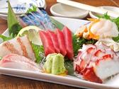 串焼き屋とは思えない豪華な海鮮刺身盛り合わせもご用意しております。