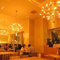 韓国石鍋 bibim' ビビム あべのキューズモール店の雰囲気1