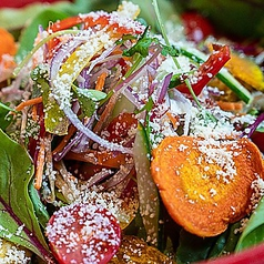 いろいろ野菜たっぷり30品目サラダ