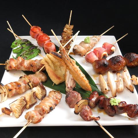 各コース2980円(税込)~ご用意!人気の焼き鳥や熊本郷土料理が楽しめるお店。