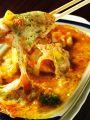 料理メニュー写真知床地鶏ピザ/牡蠣のオーブン焼き/チーズのぱりぱり揚げ