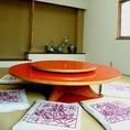 少人数用の個室をご用意。仲の良い友人との食事はもちろん、お顔合わせや家族との特別な食事利用としてもお使いいただけます。