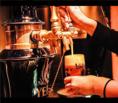 サーバーから注ぐビールは一味違います!binwan2ndで素敵なひと時をお過ごしください!
