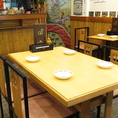 【テーブル】4名様テーブルです。2席ございます。