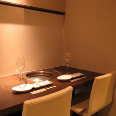 「知る人ぞ知る、松阪牛専門焼肉店」として好評を得ている【GANSAN】。「他では真似のできない品質をあり得ない価格で提供」と自負する、味を知る大人のための上質な隠れ家です。