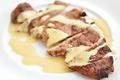 料理メニュー写真豚肩ロース肉のグリエ マスタードソース
