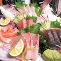 料理メニュー写真お刺身三種盛り・五種盛り・七種盛り
