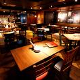 内装に拘った、バルティストの陽気で開放的な店内。美味しいワインとお料理と共に、お仲間同士での会話も弾みます。京都・河原町でのお食事、飲み会、宴会、女子会、合コンほか、各シーンに是非ご利用ください。