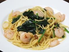 料理メニュー写真海老と野菜のペペロンチーノ