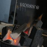本格的な炭火で焼き上げる和牛は絶品!カウンターの目の前で焼いてくれるので目にも美味しい時間を堪能できます♪特別な人とのデートやお一人様でも充分堪能していただけます!