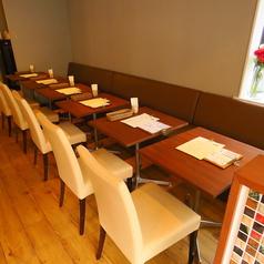 人数に応じてご利用いただけるテーブル席です。