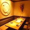 【3F】テーブル席は簾をおろして個室風に