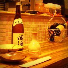 豊富な焼酎、日本酒と手作り料理でたしなむのも◎