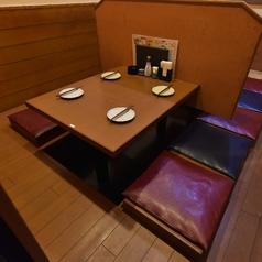 2階座敷4名席は8卓のご用意がございます。