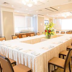 宴会個室【マルセイユ】最大60名様まで対応できる開放的な中個室(カラオケ完備)60名様まで・1室あたり21600円・禁煙席