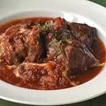 料理メニュー写真熟成牛肩ロース肉のビーフシチュー