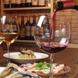 牡蠣を軸にワインに合う厳選料理で隠れ家自慢を