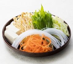 料理メニュー写真しゃぶしゃぶ鍋野菜盛り合わせ