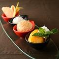 料理メニュー写真鮮果と甜点心の盛り合わせ(お一人様)