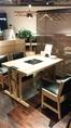 こちらの4名様テーブルは、キッズチェアーとも入れ替えれるから、ファミリー利用に人気です◎