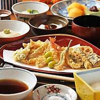 ■極上の天ぷらをコースで…