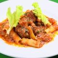 料理メニュー写真牛しっぽ肉(オックステール)のトマト煮込みコーダアラバチナーラ