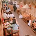 【人気のアジア料理◎SNS映え】SNS映え間違い無しのテーブル席!こだわりのインテリアを飾ったオシャレ空間で過ごす至福の時間どうぞ♪