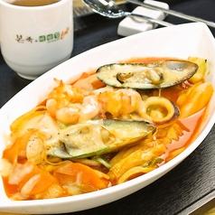 料理メニュー写真チーズ海鮮トッポギ