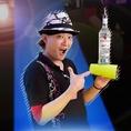 エスパークの人気スタッフ☆SEI☆ボトルパフォーマンスでカクテルをお作りします♪楽しいカクテルショーでパーティーを盛り上げます!
