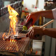 炭の香りが楽しめる鶏料理★