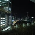 店内から見える夜景。デートや記念日などに◎