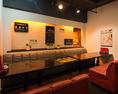 ◆◇◆グループでのご利用のテーブル席もご用意しております◆◇◆温かみのある空間の中にご用意された広々としたテーブル席は、その居心地の良さから何時間でも居座ってしまいそうになります♪ばりすたいがーならではの温かみのある空間の中でのひと時を心行くまでお楽しみください★十条 女子会 ワイン 個室 チーズ 宴会