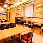 【…テーブル席は広々…】広々とした店内は他のお席との間も気になりません♪小麦の匂いに囲まれて、パスタや本格NAPOLI新潟ピッツァをお楽しみ下さい♪