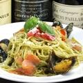 料理メニュー写真スモークサーモンとムール貝のキラッタジェノヴェーゼ