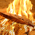 炎で一気に焼き上げた藁焼きは旨みが凝縮♪わらどりに来た際はぜひご注文を!