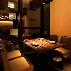 【完全個室完備】個室テーブル席(4名様用) プライベートや男性同士・女性同士のお仲間とゆったりお楽しみください♪