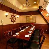 【6階宴会場の完全個室】クロークも完備で、顔合わせや接待といったフォーマルなシーンにもお勧めです