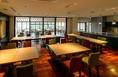 施設内にはカフェも併設されております待ち合わせの空き時間や、2次会の会場としてもご利用いただけます