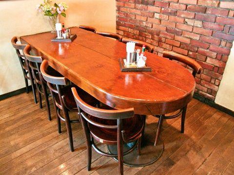 ボリューム満点の美味しい料理が人気!優しい空間と美味しい料理が自慢の人気店